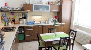 REZERVOVANÝ Na prenájom 2 izbový byt, Bratislava, Gemerská ulica