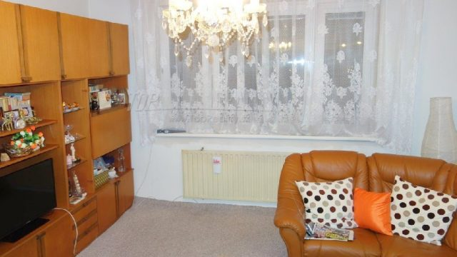 Na predaj 4 izbový byt, Romanova ulica, Bratislava, Petržalka