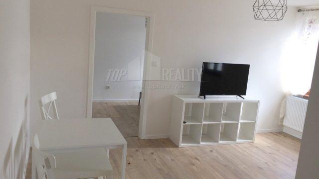 Na prenájom 2 izbový byt, Karpatská ulica, Bratislava, Staré Mesto
