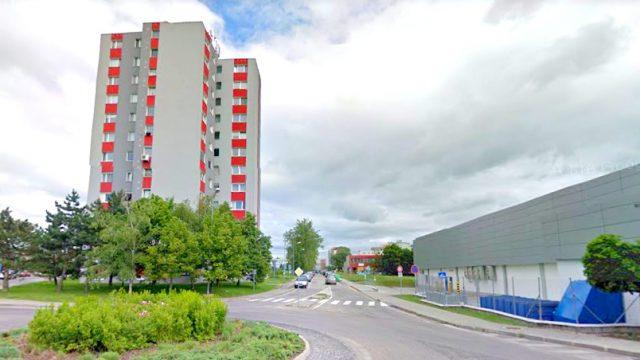 Na predaj 3 izbový byt, Bratislava, Dúbravka, ul. Pod záhradami