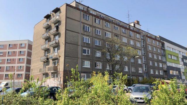 REZERVOVANÉ Na predaj 1 izbový byt, Bratislava, Nové Mesto, Kominárska ulica