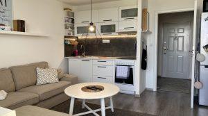 REZERVOVANÉ Na predaj 2 izbový byt s loggiou, Bratislava, Petržalka, Jasovská ul.