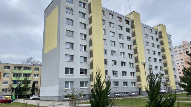REZERVOVANÉ Na predaj 4 izbový byt, Bratislava, Petržalka, Lachova ulica