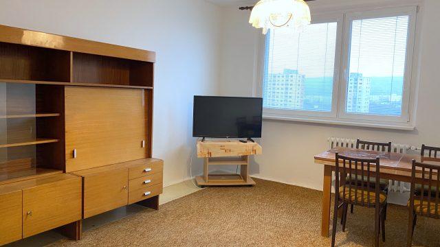 Na prenájom 2 izbový byt, Bratislava, Dúbravka, ul. Kpt. Jána Rašu