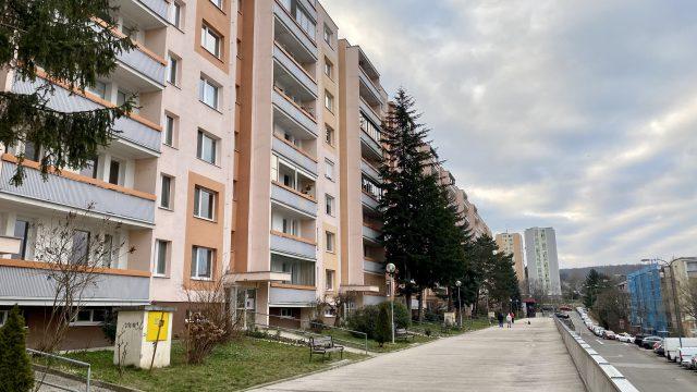 Na prenájom 1 izbový byt, Bratislava, Karlova Ves, Silvánska ulica